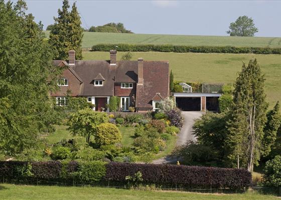 Cottington Hill, Hannington, Tadley, Hampshire, RG26