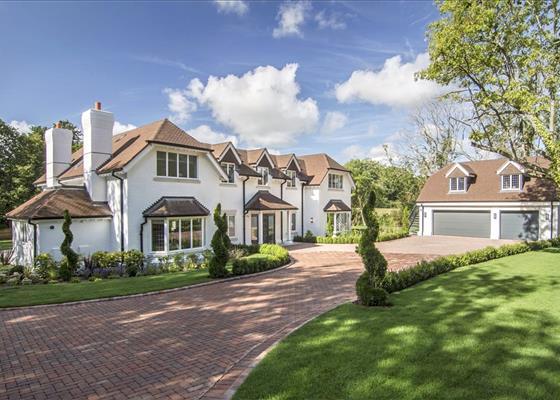 Finchampstead, Wokingham, Berkshire, RG40