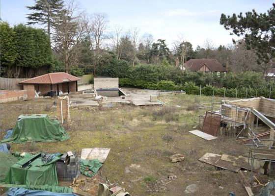 Eaton Park Road, Cobham, Surrey, KT11