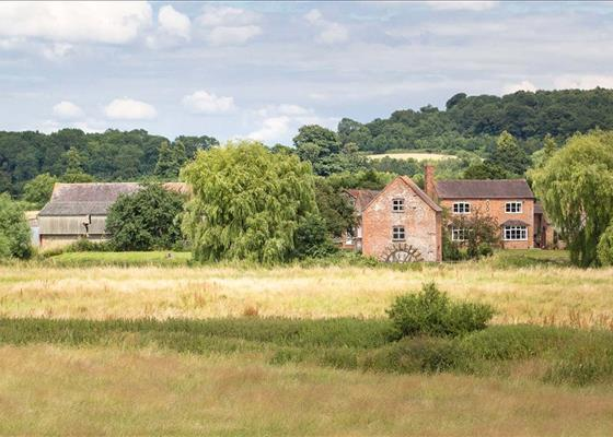 Hartpury, Gloucester, Gloucestershire, GL19