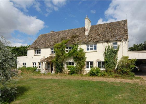 Cirencester Road, South Cerney, Cirencester, Gloucestershire, GL7