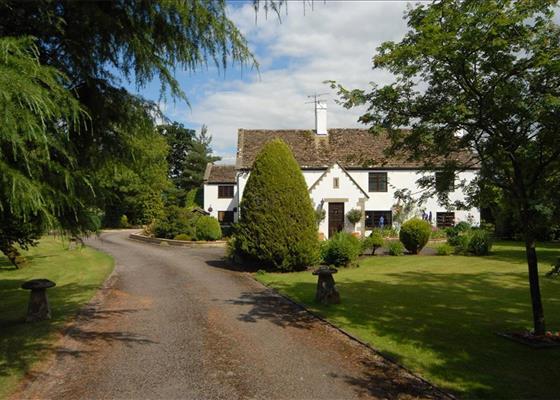 Olivemead Lane, Dauntsey, Chippenham, Wiltshire, SN15