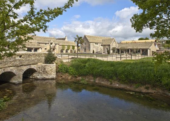 Ewen, Cirencester, Gloucestershire, GL7