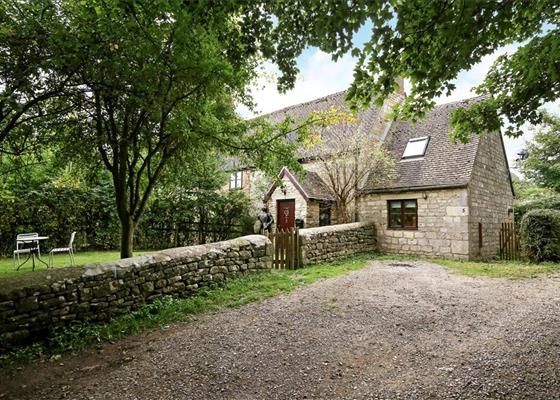 Standish Park Cottages, Standish Park, Stonehouse, Gloucestershire,...
