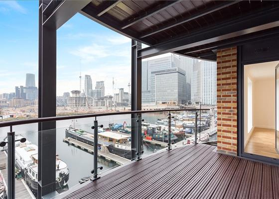 Boardwalk Place, Blackwall, London, E14