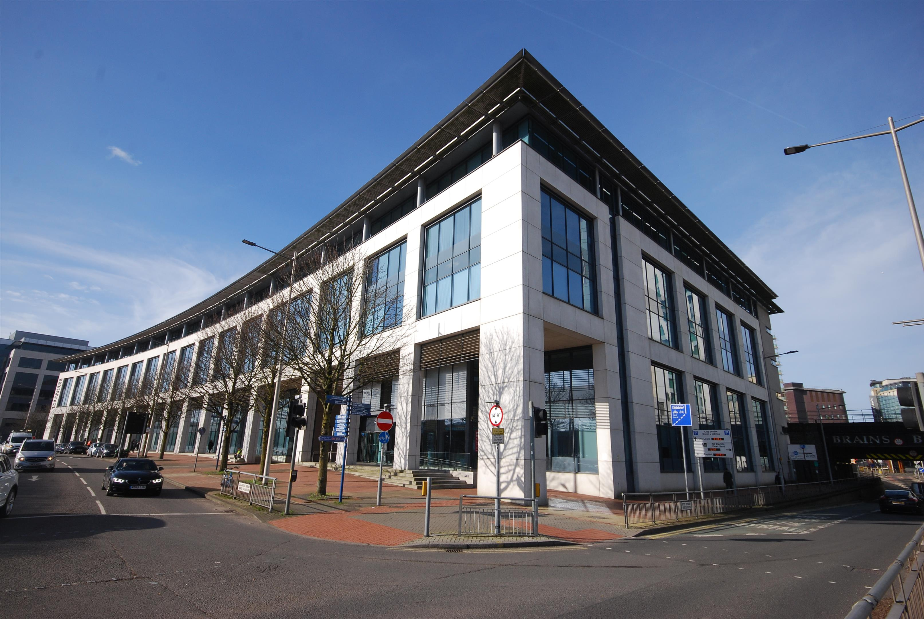 2 Callaghan Square Cardiff Cf10 5az Grade A Office Building In City Centre Office Furniture