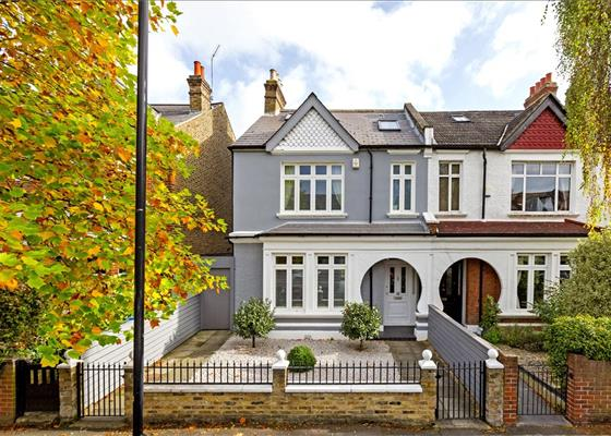 Woodwarde Road, East Dulwich, London, SE22