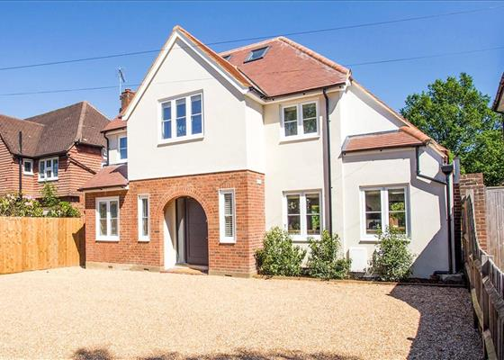 Manor Road South, Esher, Surrey, KT10