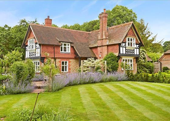 Rake Manor, Milford, Surrey, GU8
