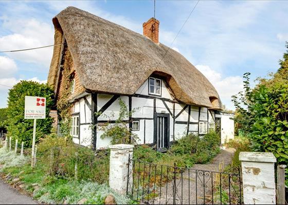 Front Street, East Garston, Hungerford, Berkshire, RG17