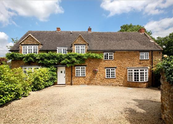 Castle Street, Deddington, Banbury, Oxfordshire, OX15