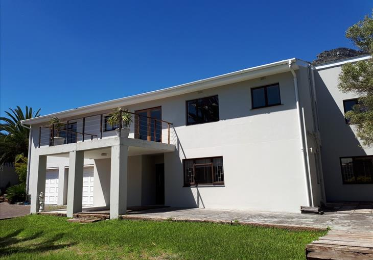 6 Wood Road, Hout Bay, Cape Town